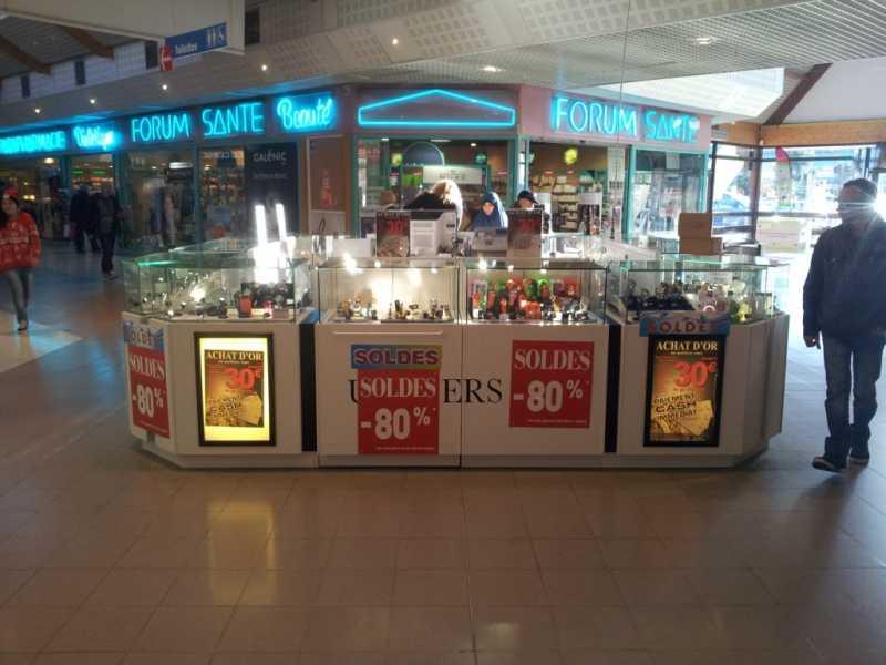 Locaux commerciaux - PUGET SUR ARGENS