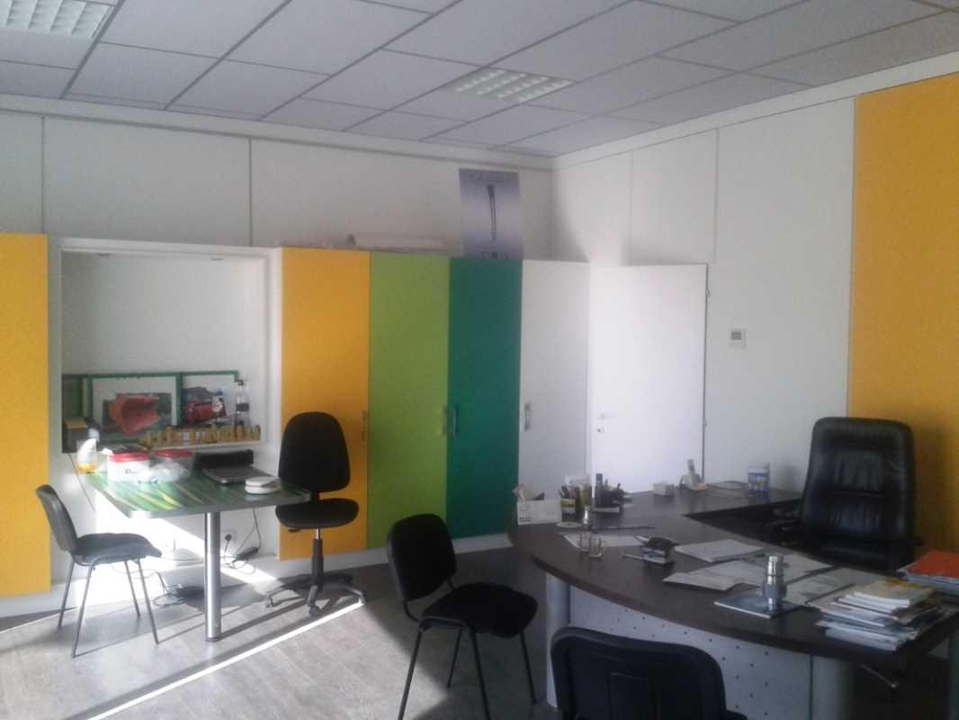 Bureaux et Entrepôts - FREJUS