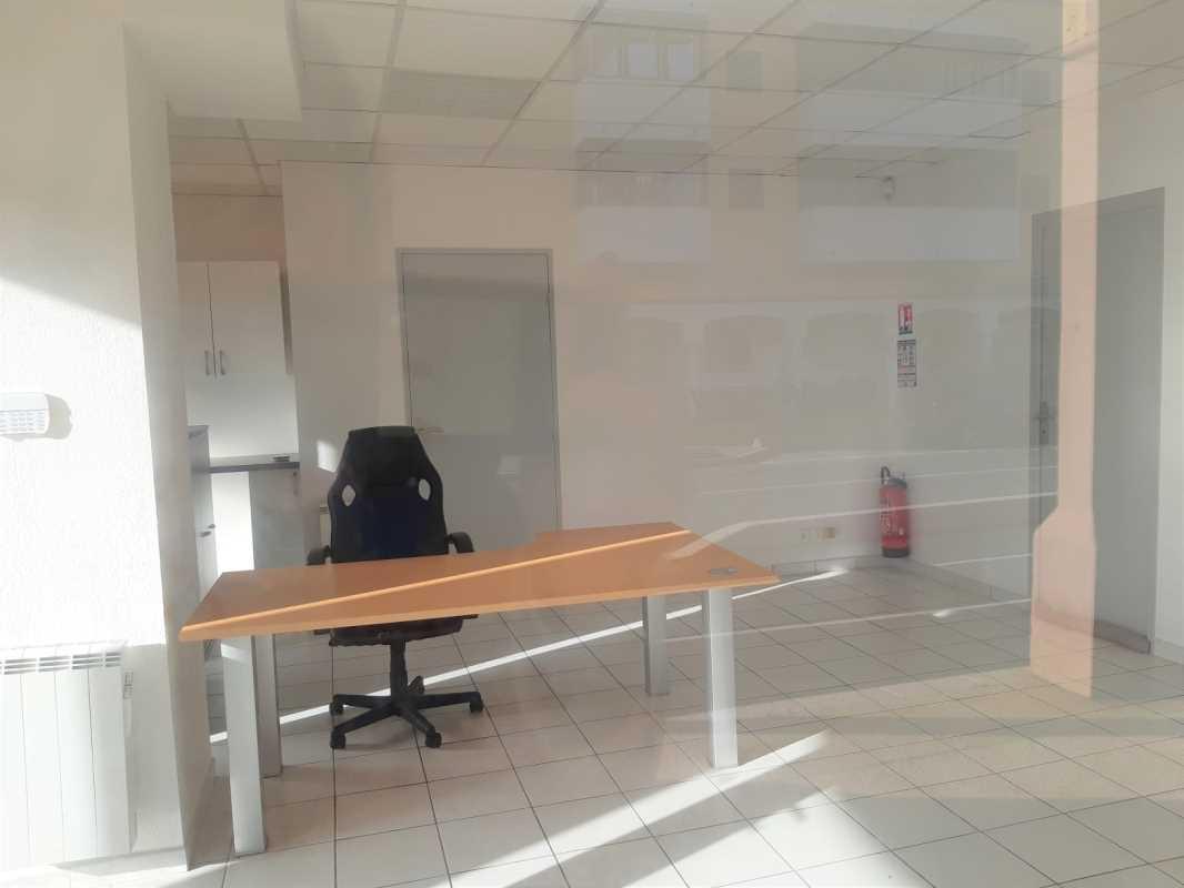 Bureaux et Locaux commerciaux - FREJUS